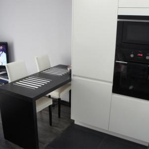 kuchnia otwarta na salon narożna
