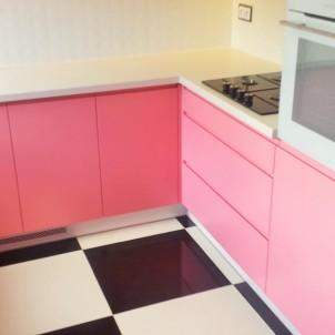 detal różowej kuchni na zamówienie